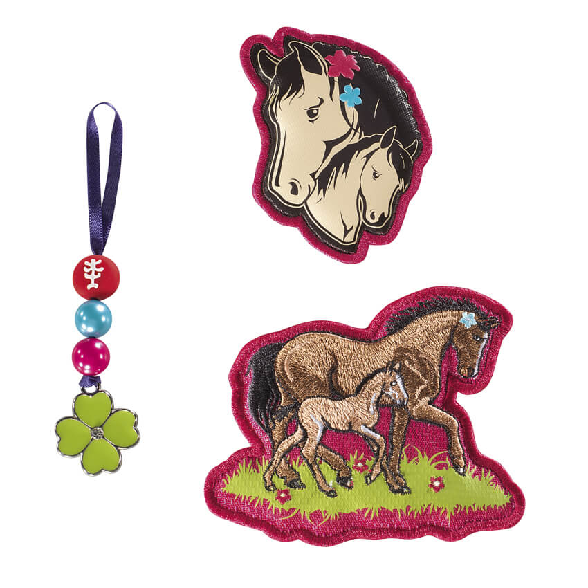 Step by Step MAGIC MAGS Lucky Horses